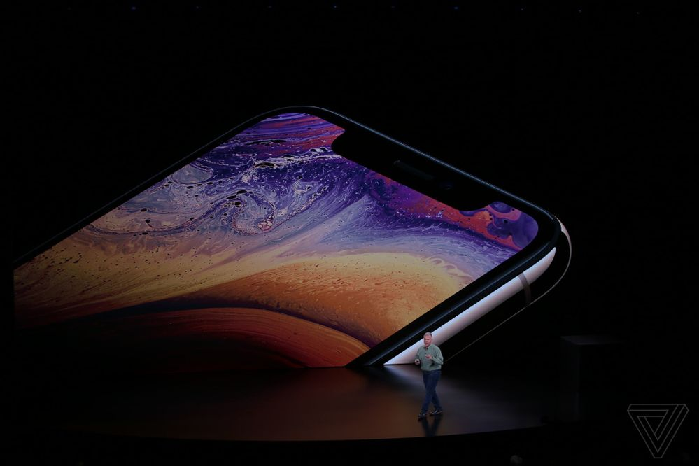 apple-iphone-2018-event-theverge-dbohn_784.jpg